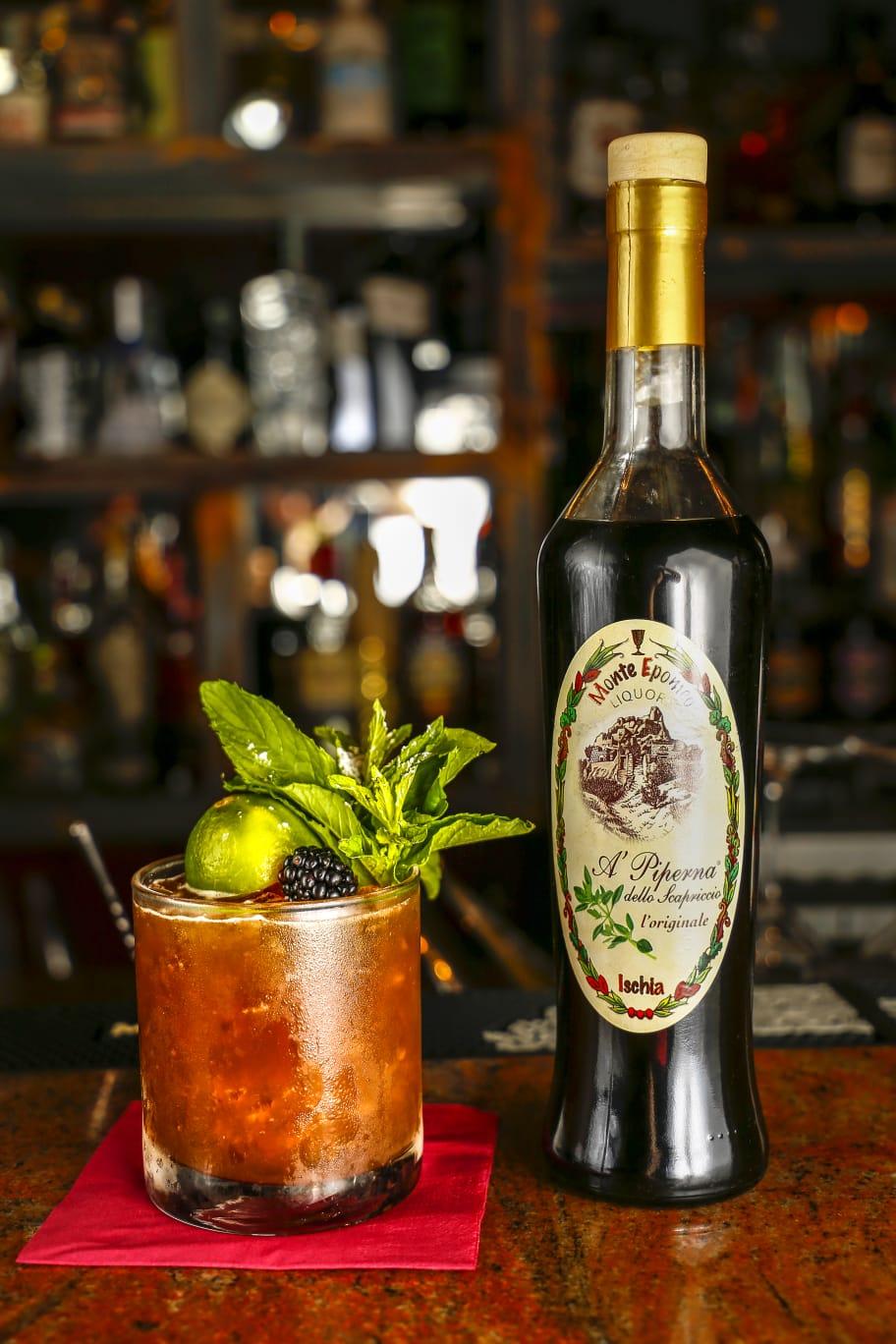 Cocktail con Amaro Ischitano, il Mai Tai alla Piperna